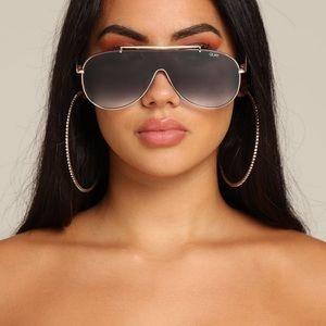 💙NWT💙 Quay Austrailia JLO El Dinero Sunglasses